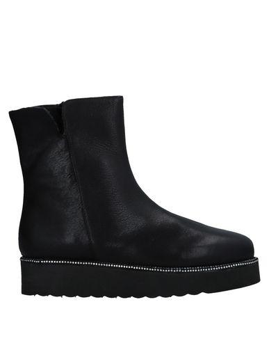 Полусапоги и высокие ботинки FIORINA