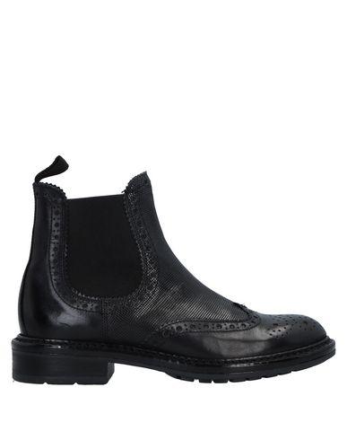 Полусапоги и высокие ботинки от ANTICA CUOIERIA