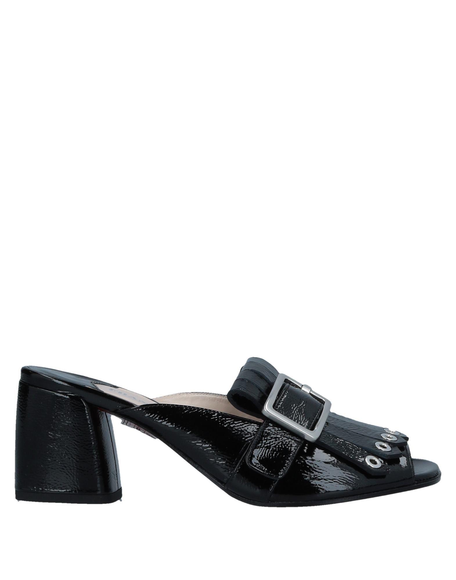 FRANCO COLLI Sandals in Black
