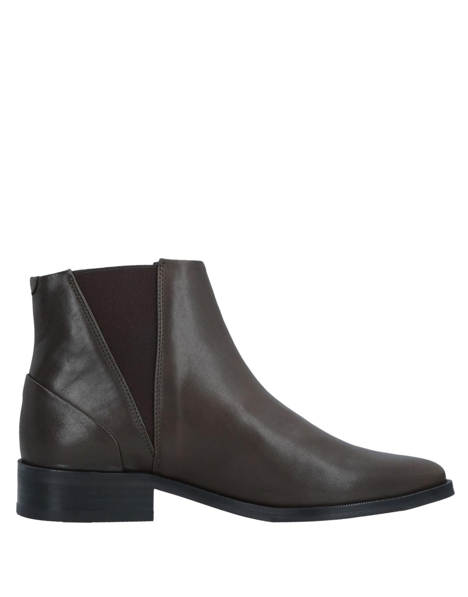 ROYAL REPUBLIQ Полусапоги и высокие ботинки