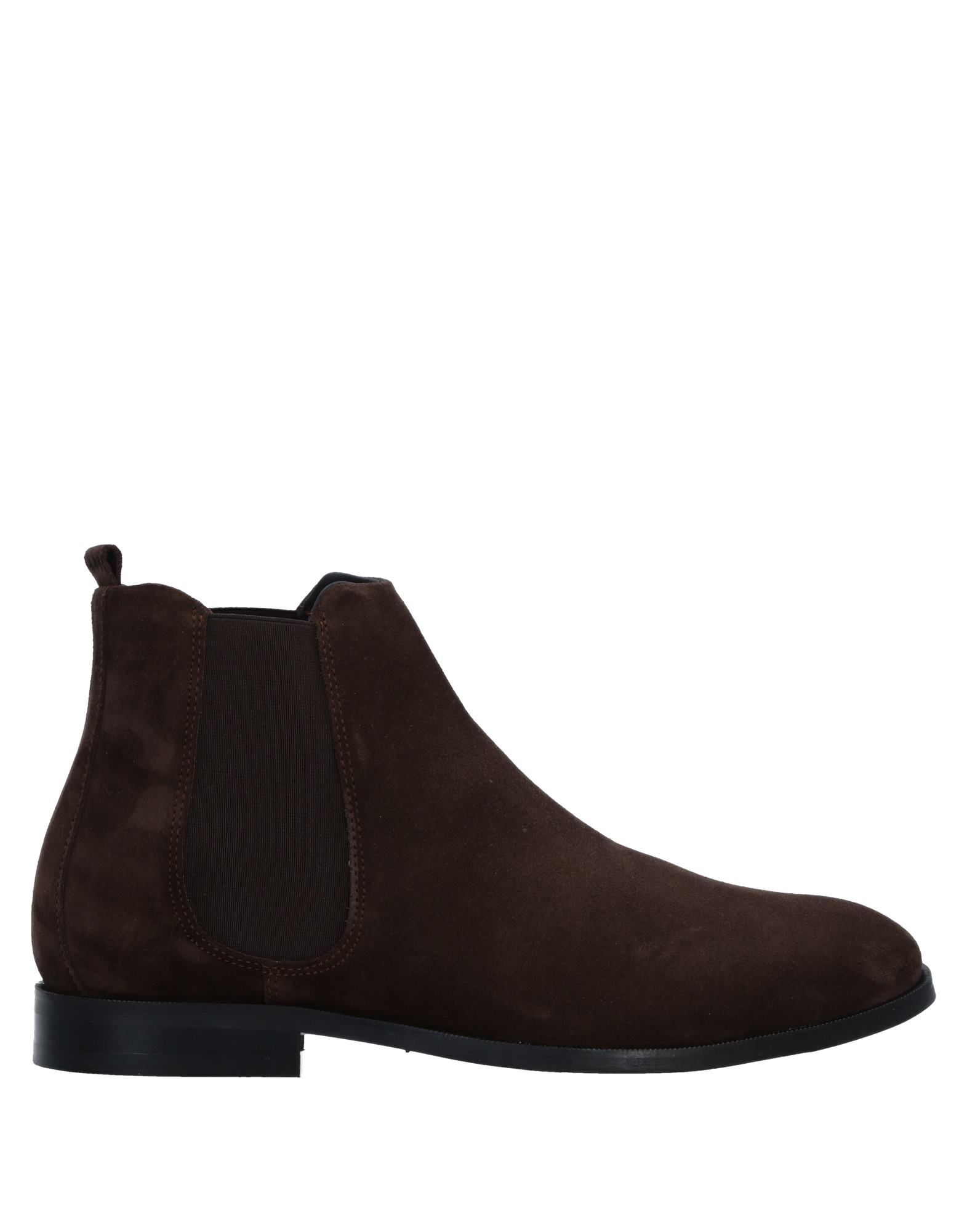 ROYAL REPUBLIQ Boots in Dark Brown
