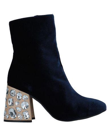Полусапоги и высокие ботинки от ANAKI