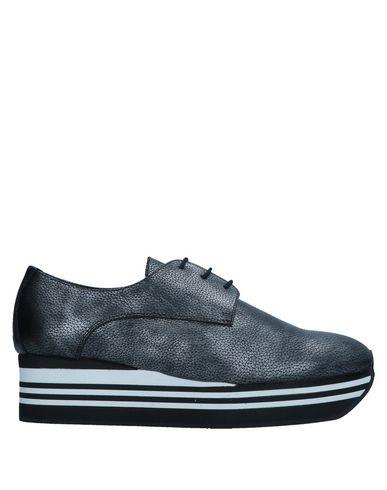 Низкие кеды и кроссовки от ANAKI
