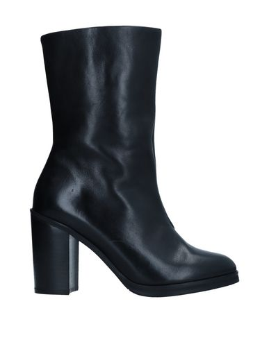 Полусапоги и высокие ботинки Royal RepubliQ