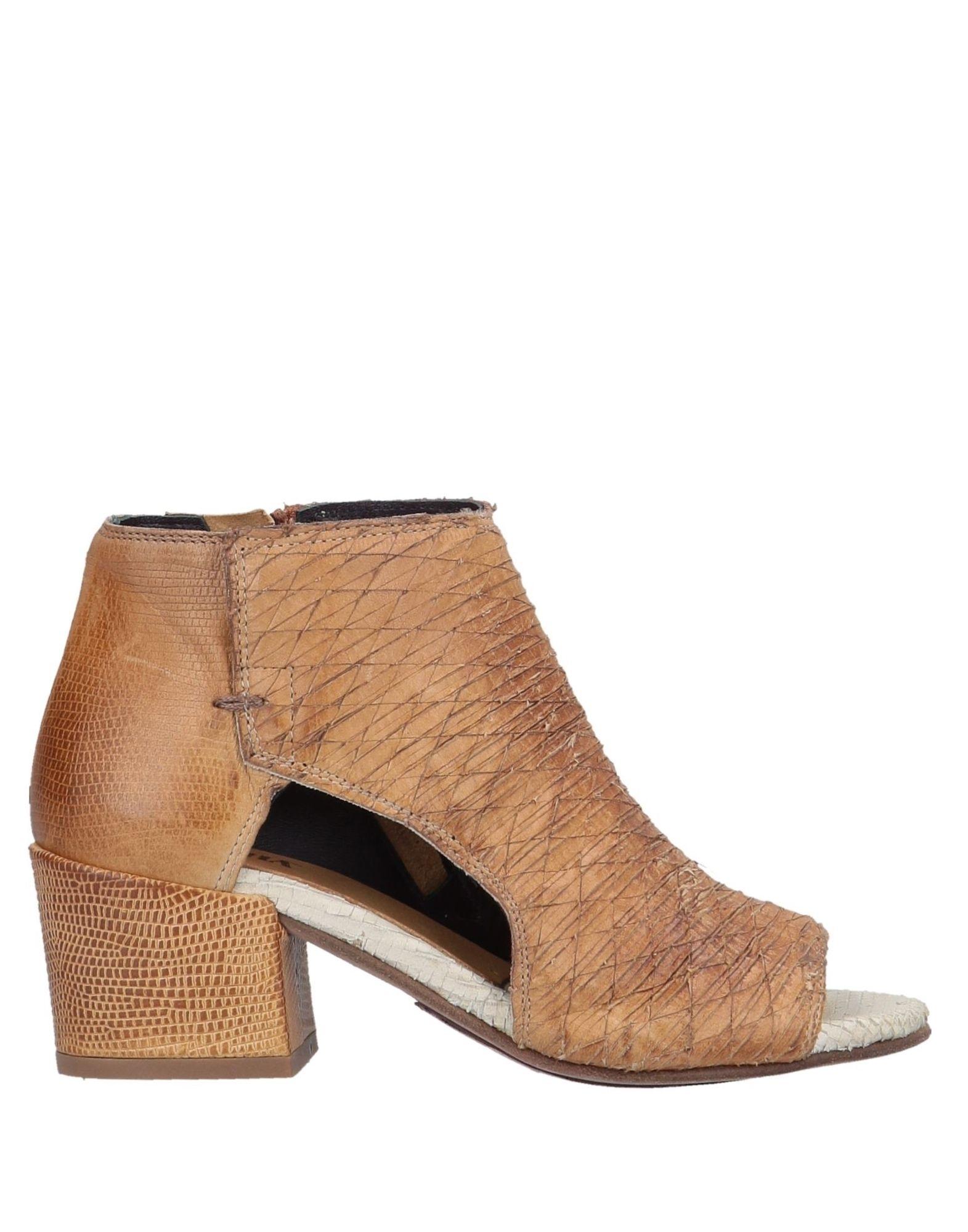 PIRANHA Полусапоги и высокие ботинки ботинки piranha ботинки
