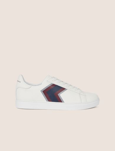 TEXTURED CHEVRON LOW-TOP SNEAKER