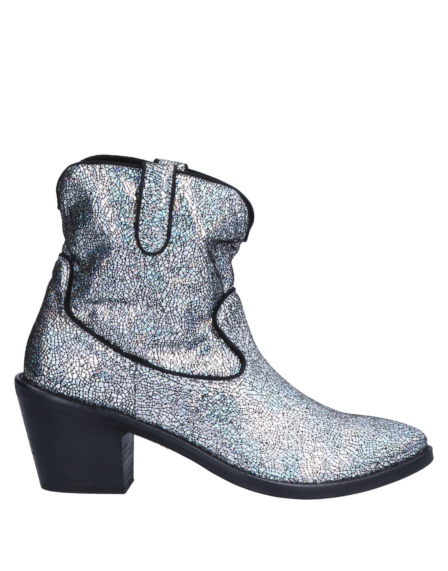 MITI Полусапоги и высокие ботинки