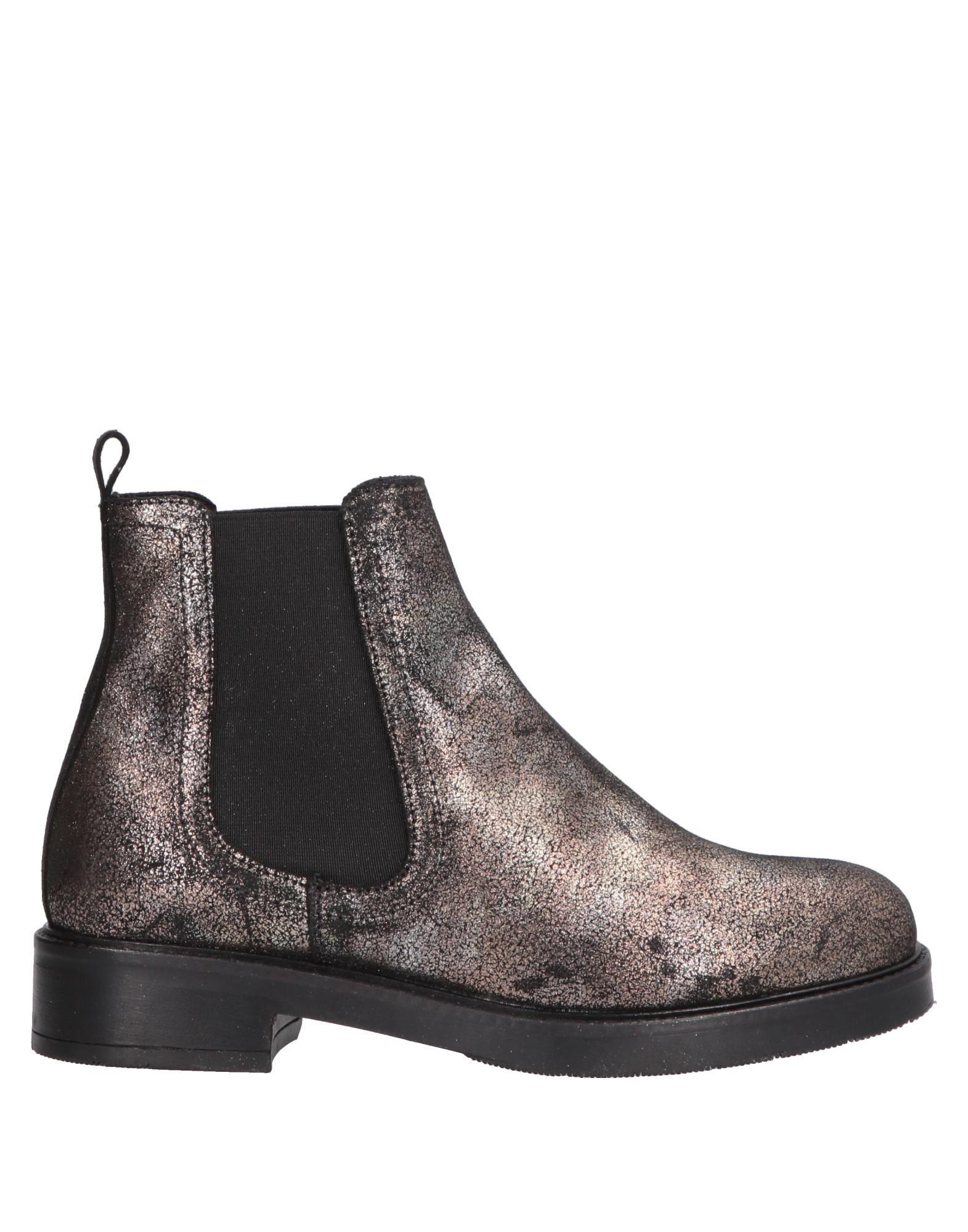 цены MANUELA DARDOZZI Полусапоги и высокие ботинки