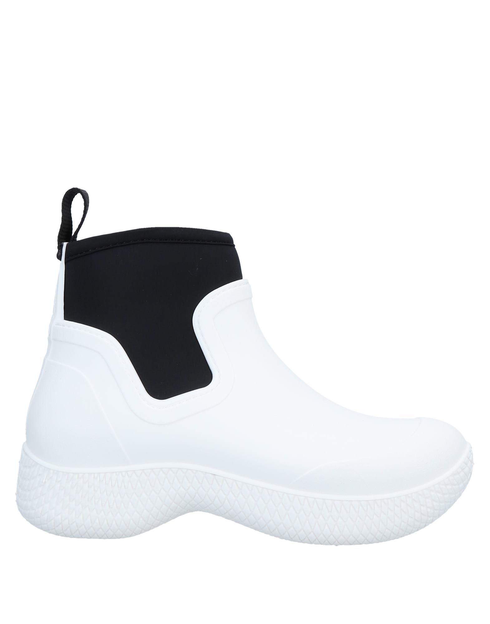 CELINE Высокие кеды и кроссовки native высокие кеды и кроссовки