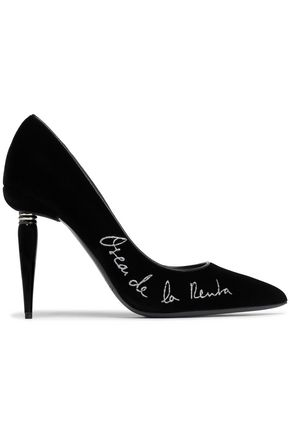 OSCAR DE LA RENTA Embroidered velvet pumps