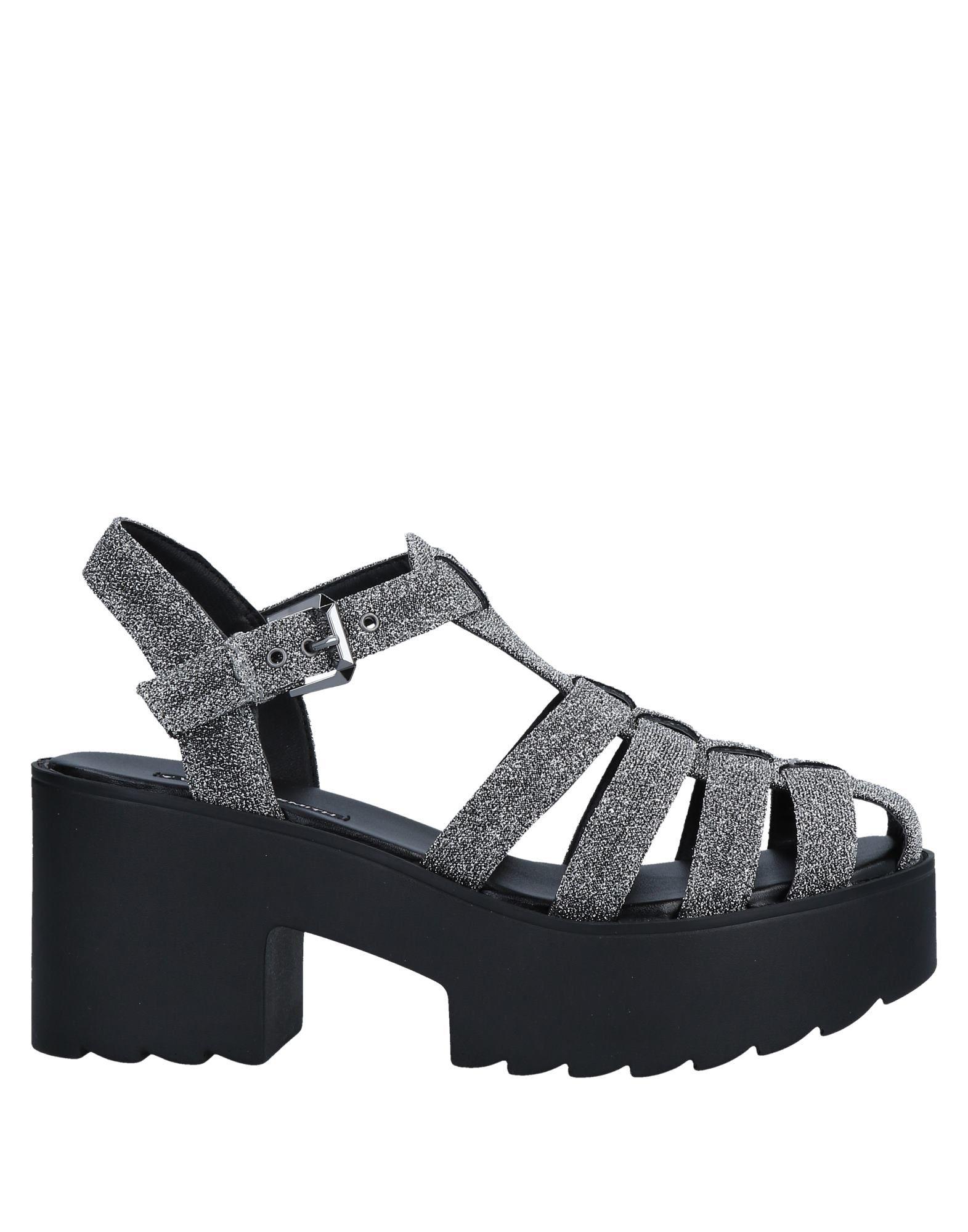 женские закрытые сандалии