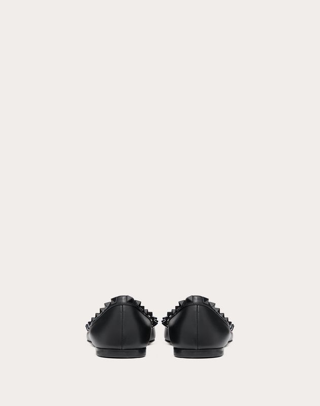 Rockstud Ballet Flat in Calfskin Leather with Tonal Studs