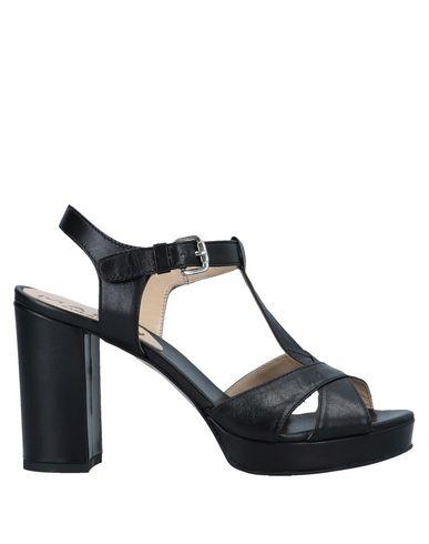 MALLY Sandals