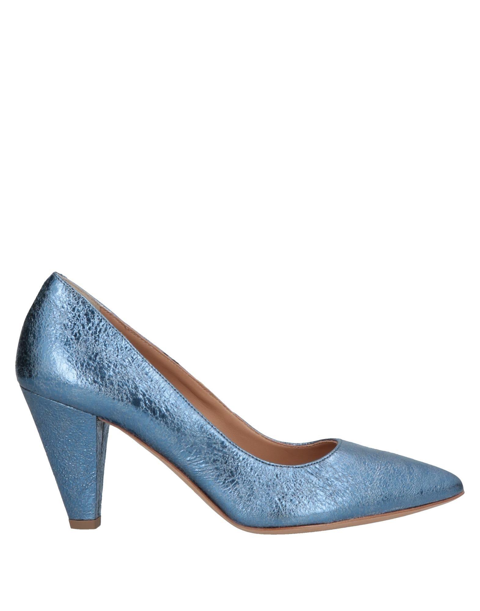 цена JANET & JANET Туфли онлайн в 2017 году