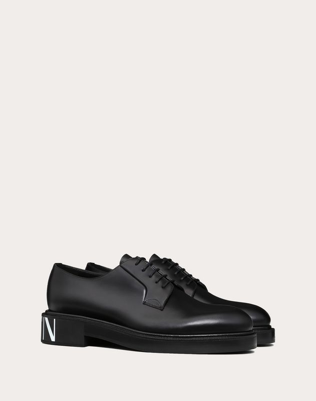 VLTN BRUSH-OFF CALFSKIN DERBY