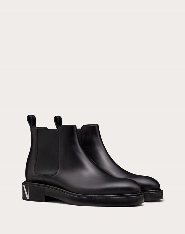 VLTN BRUSH-OFF CALFSKIN BEATLE BOOTS