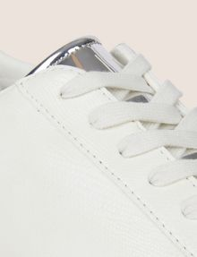 ARMANI EXCHANGE METALLIC DETAIL LOW-TOP SNEAKER Sneakers [*** pickupInStoreShippingNotGuaranteed_info ***] a