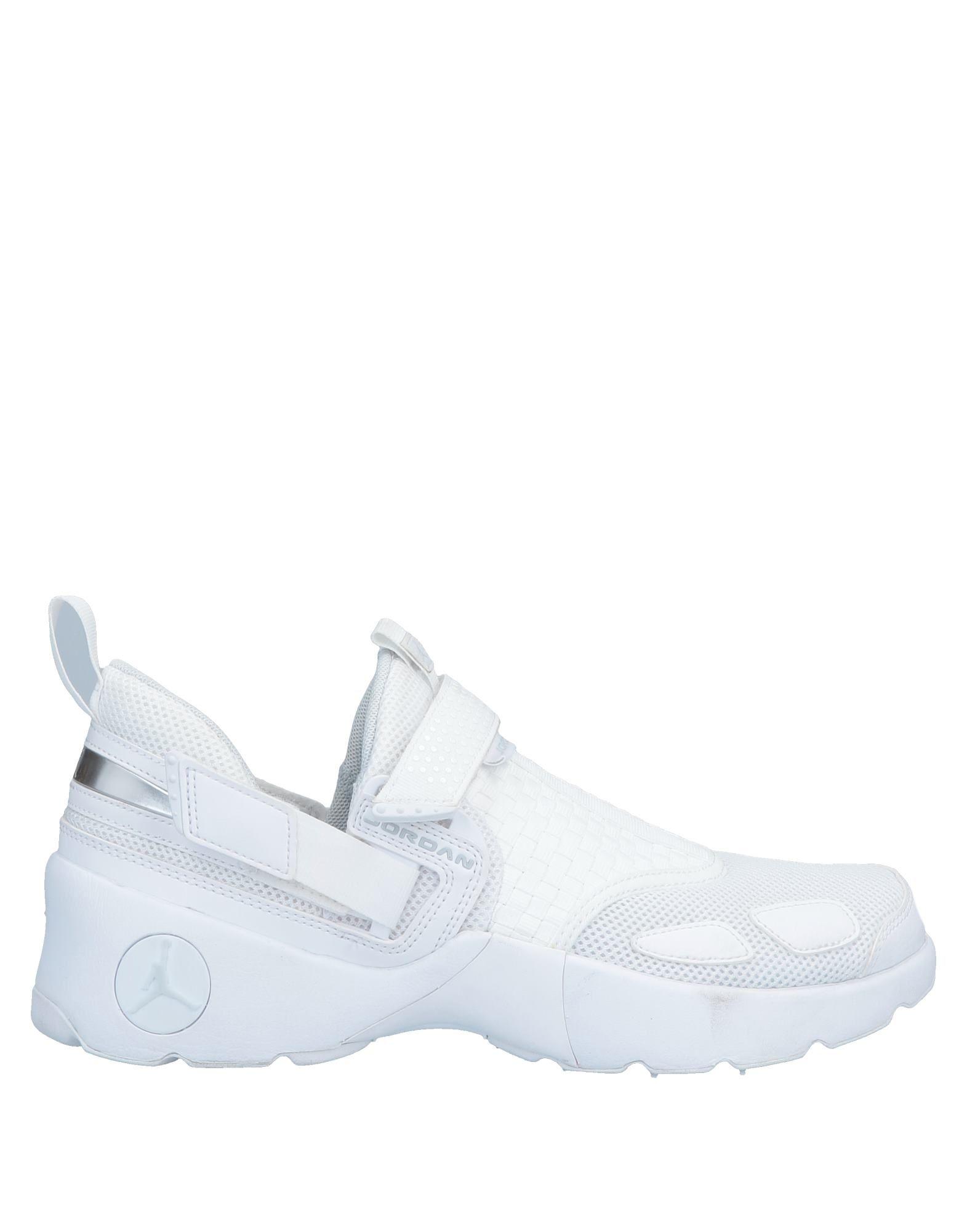 JORDAN Низкие кеды и кроссовки баскетбольные кроссовки nike air jordan jordan 11 legend blue aj11 378037 378038 117