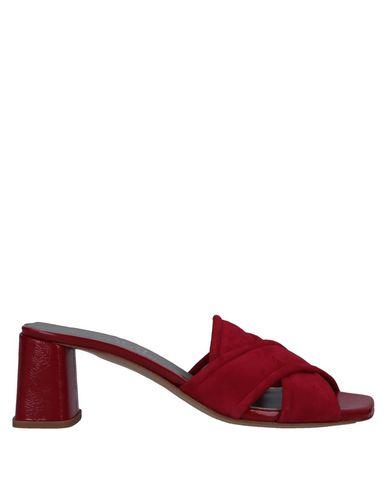 Купить Женские сандали AGL ATTILIO GIUSTI LEOMBRUNI кирпично-красного цвета