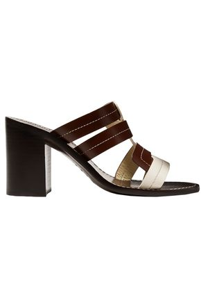 TRADEMARK Interlock Vachetta two-tone leather mules