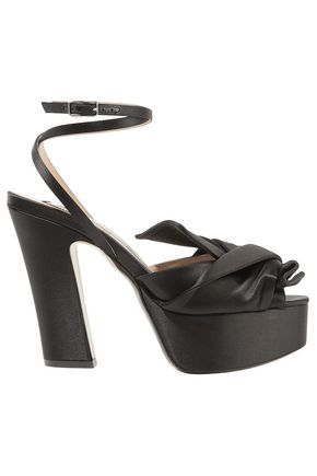 N°21 Knotted satin platform pumps