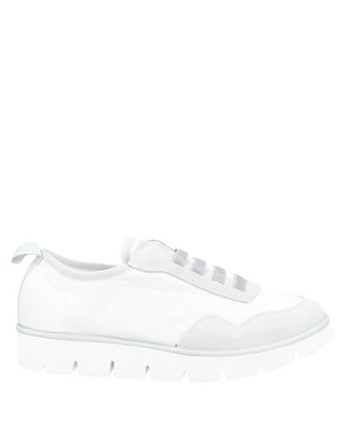 Фото - Низкие кеды и кроссовки от PÀNCHIC белого цвета