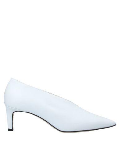 Купить Женские туфли  белого цвета