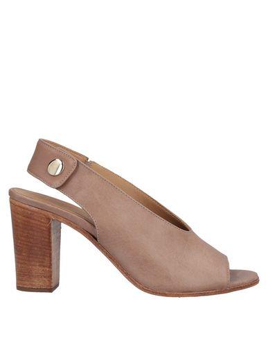 Купить Женские сандали LEMARÉ цвет песочный