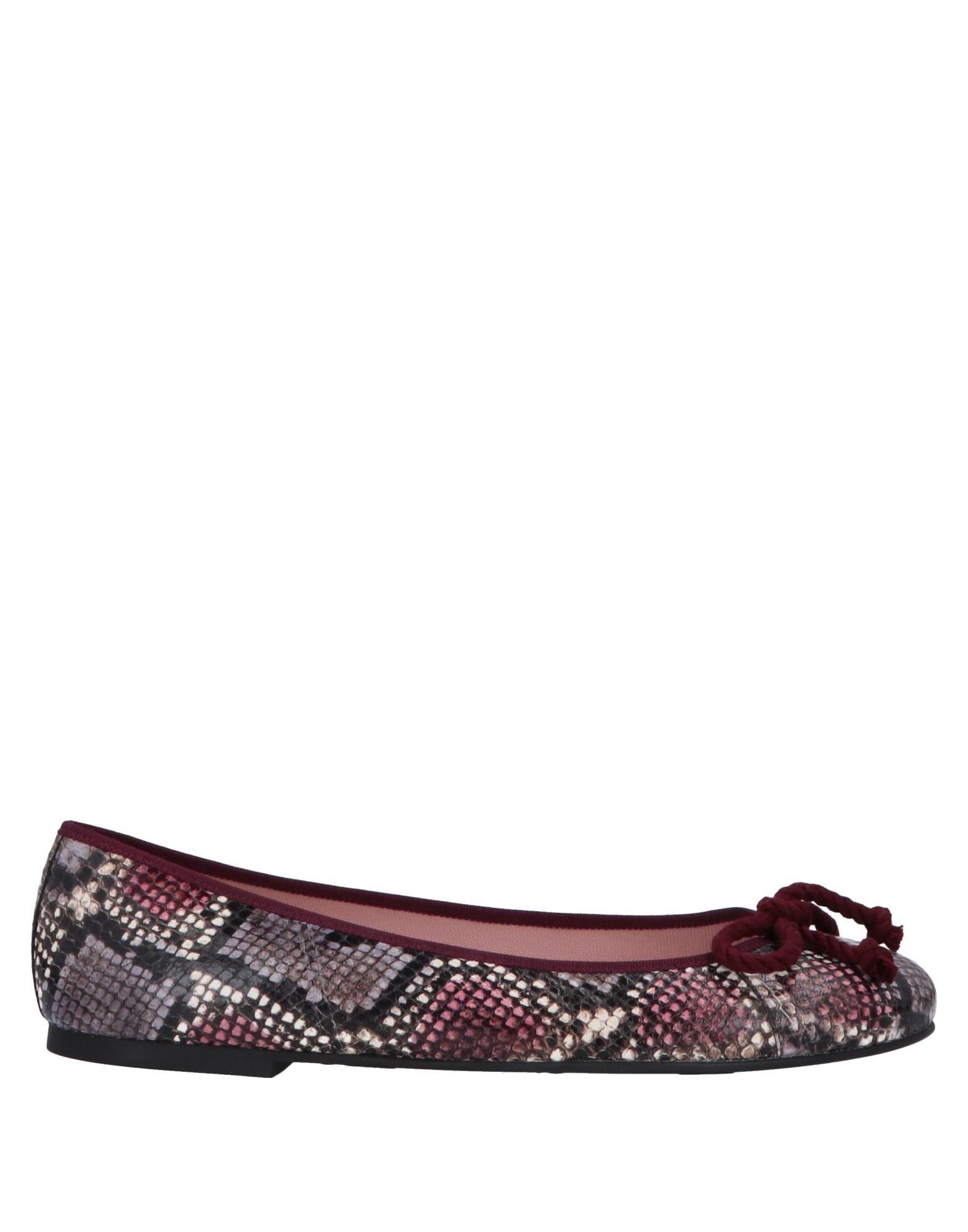 PRETTY BALLERINAS Балетки pretty ballerinas обувь на шнурках