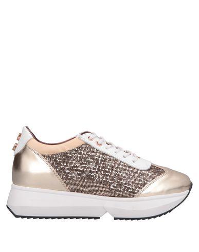 Фото - Низкие кеды и кроссовки от ALEXANDER SMITH цвет платиновый