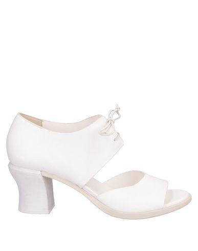 Купить Женские ботинки и полуботинки  белого цвета