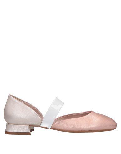 Купить Женские балетки  розового цвета