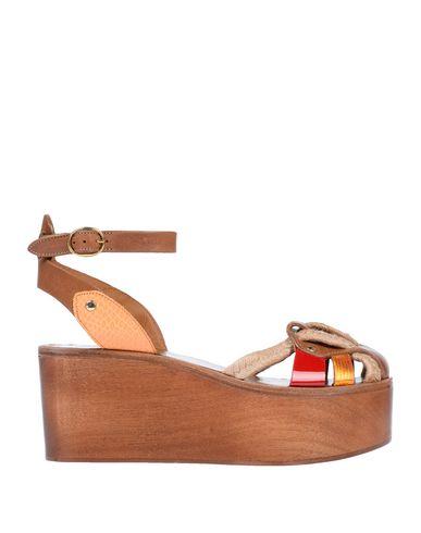 Купить Женские сандали ISABEL MARANT ÉTOILE коричневого цвета