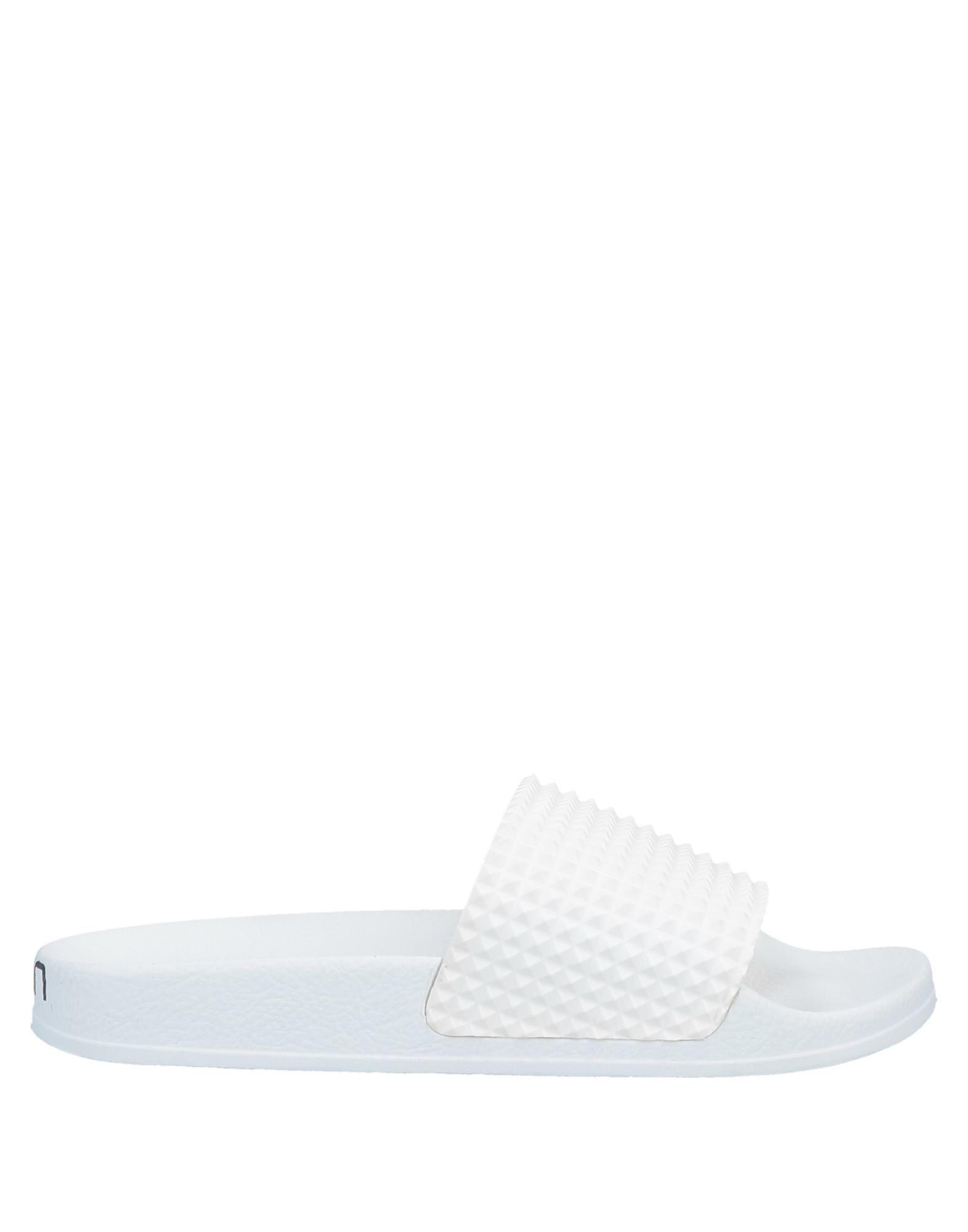 цена на TOWN Домашние туфли