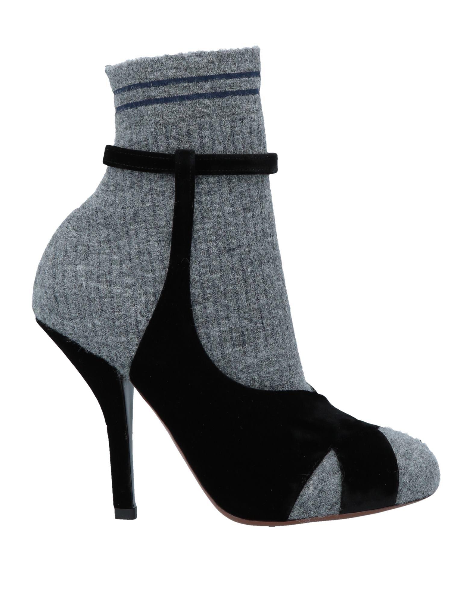 FENDI Полусапоги и высокие ботинки цена и фото