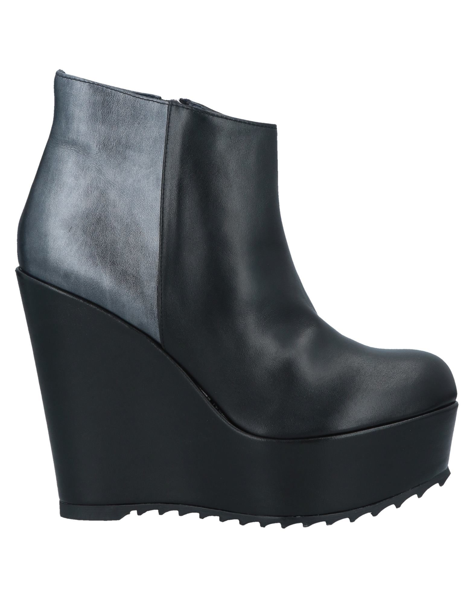 4d46a481 Модная брендовая одежда и обувь на любой сезон - все цены на KR-C