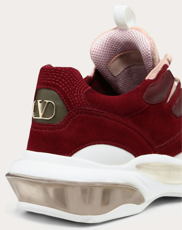Bounce Low-Top Sneaker