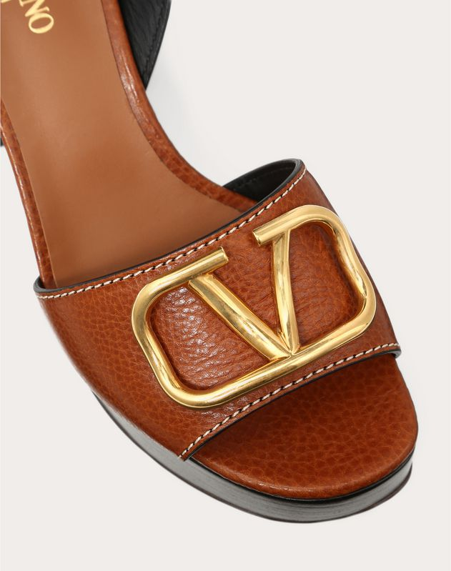 Grainy Cowhide Sandal with VLOGO Detail 100mm