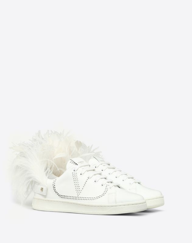 Low-Top Sneaker with Go Logo Detail and Feathers