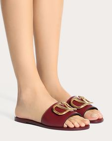 Grainy Cowhide Slide Sandal with VLOGO Detail 5 mm