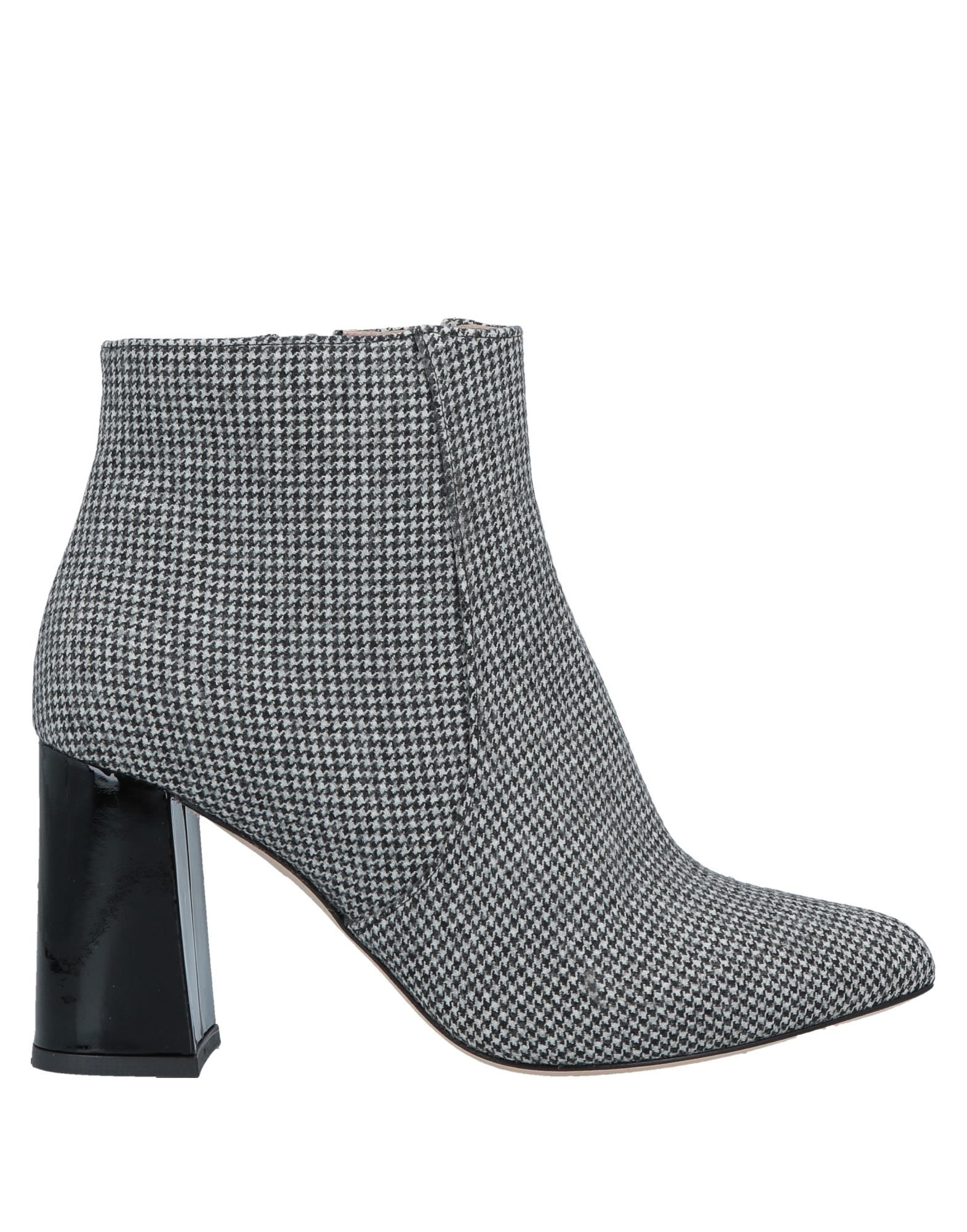 BAMS Ankle Boots in Gray