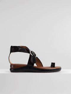 Wave flat sandal