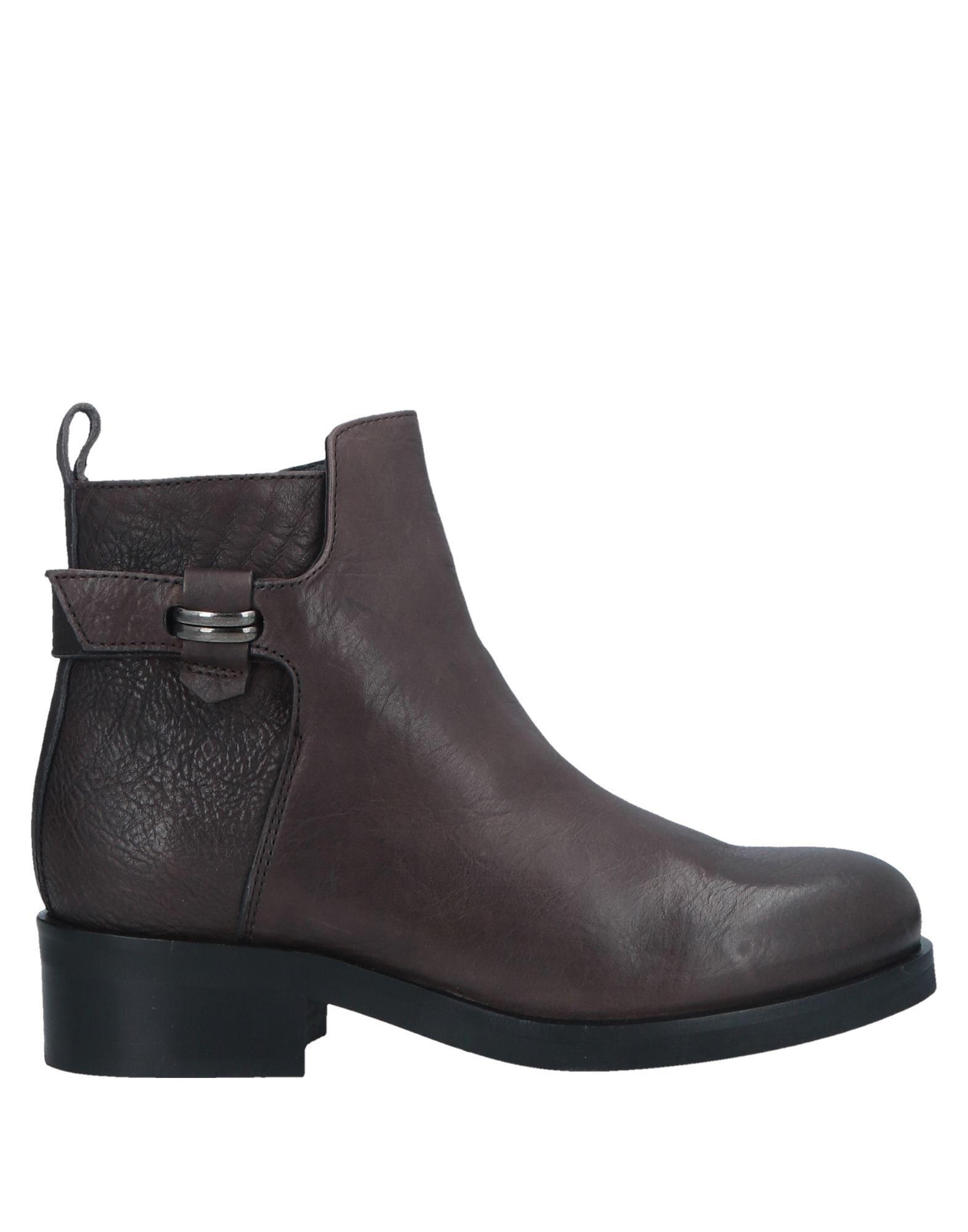 MICHEL BATIC Полусапоги и высокие ботинки цены онлайн