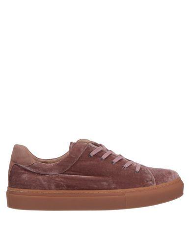 Фото - Низкие кеды и кроссовки от LILO FEE пастельно-розового цвета
