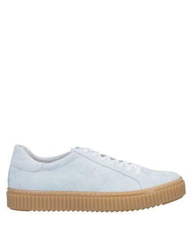 Фото - Низкие кеды и кроссовки от LAZAMANI белого цвета