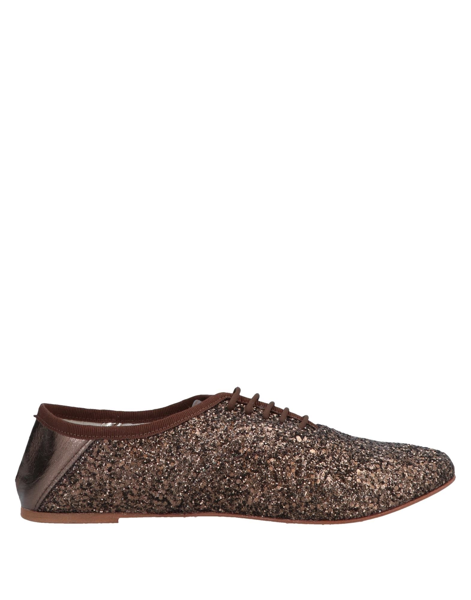 VIVERE CHIC by VERSILIA Обувь на шнурках versilia бежевые замшевые балетки с перфорацией от бренда versilia