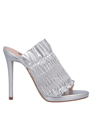 Купить Женские сандали G.P. PER NOY BOLOGNA серебристого цвета