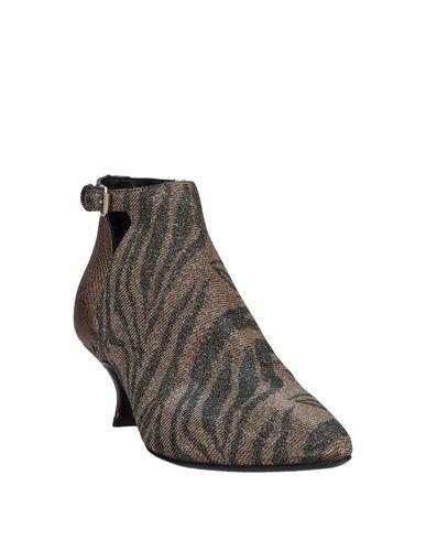 Фото 2 - Женские ботинки и полуботинки  коричневого цвета
