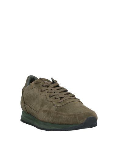 Фото 2 - Низкие кеды и кроссовки от PHILIPPE MODEL цвет зеленый-милитари