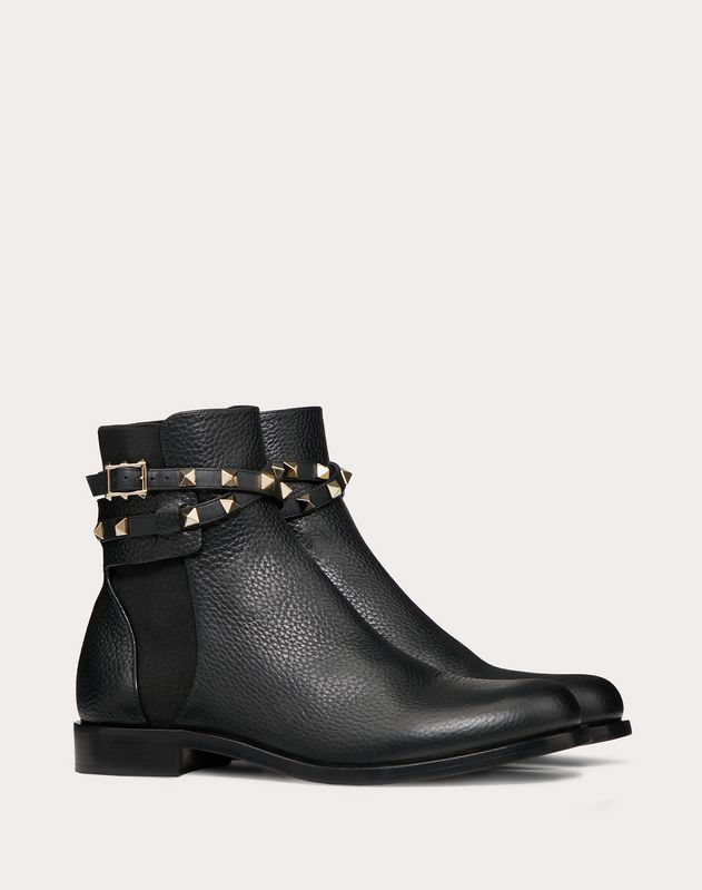 Rockstud Grainy Calfskin Leather Ankle Boot